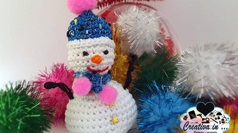 Pupazzo di neve amigurumi. Lo schema gratuito