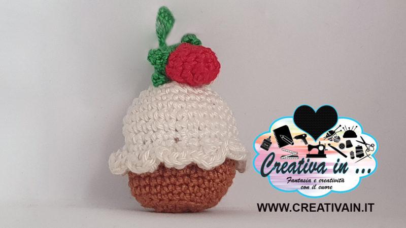Cupcake amigurumi. Lo schema del portachiavi a uncinetto