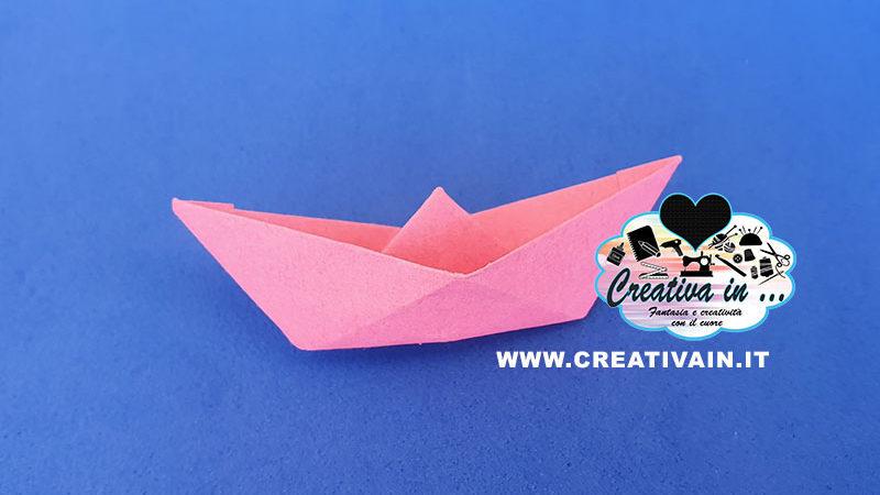 Come fare una semplice barchetta origami. Videotutorial