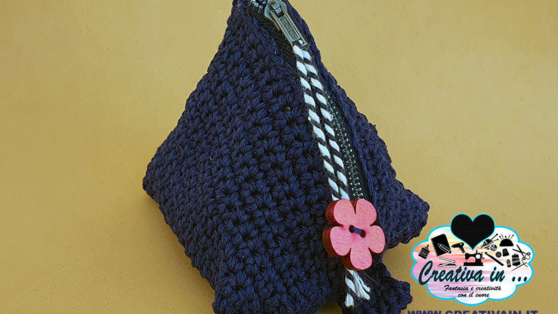 Come fare una pochette triangolare uncinetto. Tutorial