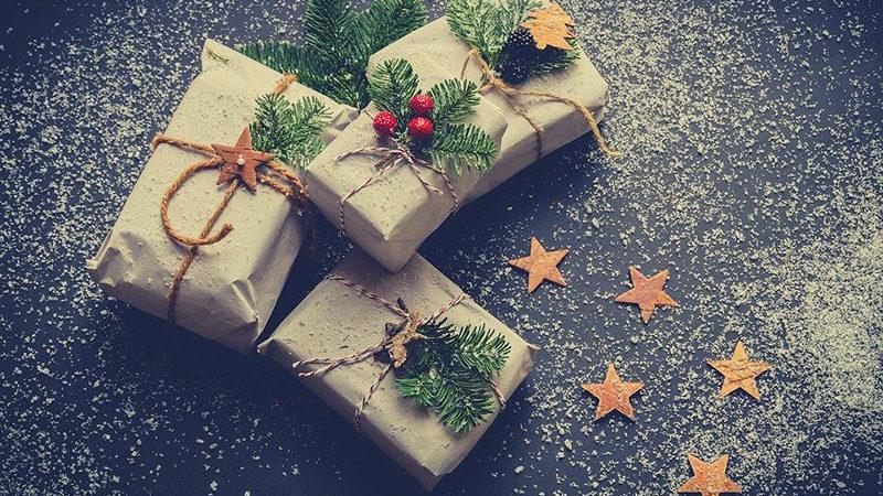 Come incartare i regali e personalizzarli in modo originale